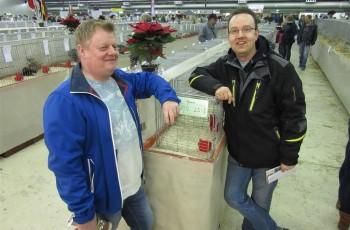 Hans Oldenbroek (links) en clubgenoot Mark Jorink van APKV Het Oosten op de Oneto in Enschede. Foto: Tom van den Berg